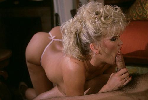 Kelly brook lesbian scene