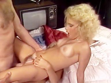 Pussyman?s fetish party 2